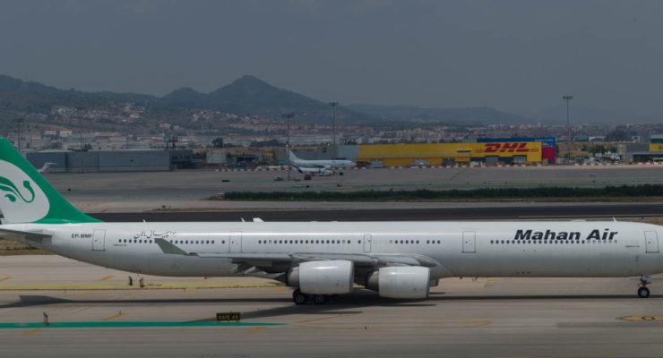 L9841591 aeroport Barcelona 2017jul20Mahan Air Airbus A340-313 Tehrán Barcelona